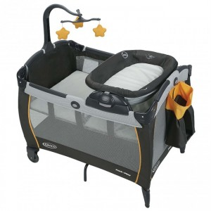 GRACO PACK N PLAY PORTABLE NAPPER AND CHANGER PLAY YARD